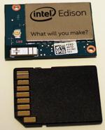 図1 SDカード(24×32mm)とほぼ同サイズ(25×35.5mm)のIntel Edison